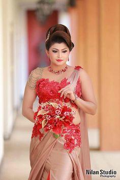 Chamil Udayanga Fashion Designing Saree Gown, Lehenga, Saree Wedding, Wedding Wear, Wedding Bride, Saree Blouse Designs, Brides And Bridesmaids, Sri Lankan Bride, Hindu Bride