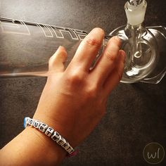 NEW: weedlets TRIPPY EDITION! 420!!! FOUR-TWENTY!!! #bracelets #jewelry #weed #cannabis #marijuana #marihuana #trippy #psychedelic #ganja #420 #710 #bong #thc #maryjane #green #pot #accessories #etsy #etsysellers #etsyshop #etsyjewelry #onlineshop #gift #stoner #unisex #girl #boy Etsy Handmade, Handmade Jewelry, Handmade Gifts, Personalized Bracelets, Etsy Jewelry, Hippie Style, Shopping Mall, Leather Cord, Trippy