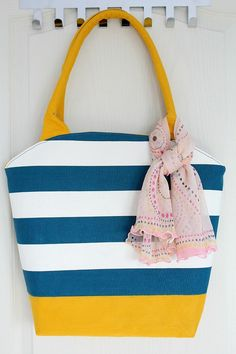 Tutorial and pattern: Round top tote bag – Sewing