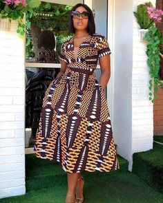 Find the most beautiful and trendy Ankara styles for the year 2020 all in one video. African Print Dress Designs, African Print Dresses, African Print Fashion, Africa Fashion, African Prints, African Fabric, Latest African Fashion Dresses, African Dresses For Women, African Attire