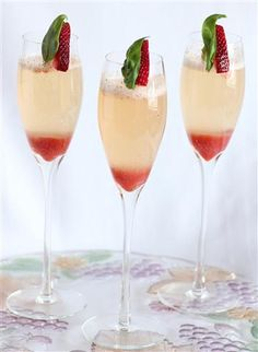 Strawberry Basil Bellini OHH Sunday brunch w lovely unusual Champagne drinks.What a life.what is today? Party Drinks, Cocktail Drinks, Fun Drinks, Yummy Drinks, Cocktail Recipes, Cocktail Ideas, Summer Cocktails, Drink Recipes, Bellini Cocktail