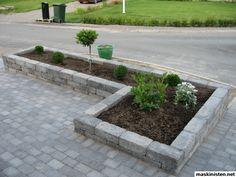 Bild Garden Ideas Driveway, Backyard Garden Design, Garden Borders, Front Yard Landscaping, Small Gardens, Garden Inspiration, Home And Garden, Exterior, Landscape