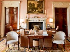 sitting room at Buscot House - decorated by Imogen Taylor in 2008, an assistant to John Fowler