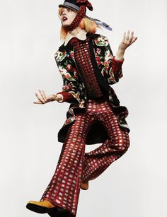 Jump – Jac Jagaciak dons an assortment of cool pastel tresses by hair stylist Dennis DeVoy alongside the autumn styling of Havana Laffitte for this dynamic editorial featured in Numéro #136. Lensed by Greg Kadel, the top model wears a mix of bold patterns and plaids from the fall collections with matching bright makeup looks courtesy of Alice Lane. / Nails by Kiyo Okada, Production by Ernesto Qualizza, Retouching by Revolver NYC