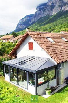 Pergola For Small Patio Info: 4933367856 Patio Gazebo, Pergola With Roof, Dream House Exterior, Dream House Plans, Veranda Aluminium, Patio Enclosures, House Extension Design, Carport Designs, Bungalow House Design