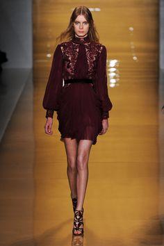 Reem Acra at New York Fashion Week Fall 2015 | Stylebistro.com