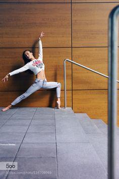 Paulina - Pinned by Mak Khalaf INSTAGRAM: http://ift.tt/1GkvHYA FACEBOOK: http://ift.tt/19Cl0T5 Performing Arts 2015architectureballerinaballetcanoncitydancedancereuropegdyniagirllegsmodelphotoyoungpolandpolishposestrelausummerwoman by photoyoung