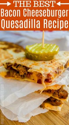 love easy recipe like this Bacon Cheeseburger Quesadilla. Made with ground beef and bacon.I love easy recipe like this Bacon Cheeseburger Quesadilla. Made with ground beef and bacon. Cheeseburger Quesadilla, Cheeseburger Cheeseburger, Bacon Cheeseburger Casserole, Bacon Recipes, Mexican Food Recipes, Cooking Recipes, Chicken Recipes, Drink Recipes, Summer Recipes