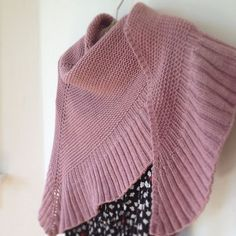 You need to create an account to access this pattern. Mara shawl is beautiful and uncomplicated, could make a perfect prayer shawl - free pattern by Madeline Tosh Knitted Poncho, Knitted Shawls, Crochet Scarves, Knitting Patterns Free, Knit Patterns, Free Knitting, Free Pattern, Knit Or Crochet, Crochet Shawl