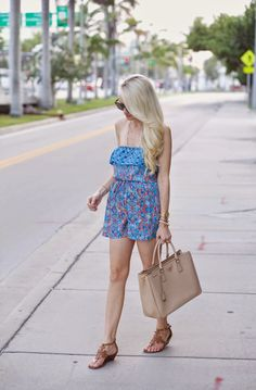 A Spoonful of Style: Rompin Around...