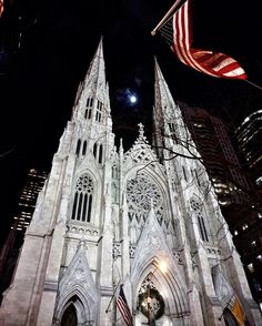 "65 Likes, 7 Comments - ⒿⓄⒶⓃⒾⒺ (@justjoanie) on Instagram: ""Saint Patrick's Cathedral, with the moon in between the spires. #iloveny #church #nyc #cathedral…"""