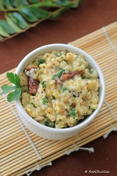 Pongal is a famous tiffin item in South India. It is usually made of rice and moong daal in a pressure cooker with appropriate seasonings. Indian Breakfast, Breakfast For Dinner, Breakfast Recipes, Dinner Recipes, Baby Food Recipes, Indian Food Recipes, Cooking Recipes, Ethnic Recipes