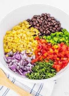 Weight Watchers Black Bean and Corn Salsa Recipe Black Bean Corn Salad, Black Bean Salad Recipe, Black Bean Salsa, Black Bean Recipes, Salsa Recipe, Black Beans, Black Bean Dip, Weight Watcher Desserts, Weight Watchers Meals