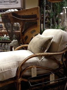 more display inspiration at remnants of the past... - Velvet & Linen