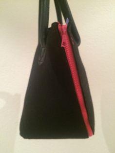 Handbag by Oliver Muenzenmayer Sling Backpack, Diy Projects, Backpacks, Bags, Handbags, Backpack, Handyman Projects, Handmade Crafts, Diy Crafts
