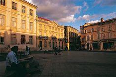 Nel 2006 Arles ha ottenuto l'estensione della sua iscrizione al Patrimonio Mondiale Unesco a tutto il suo centro storico #RDVFrance #ViaggiFrancia #UnaSettimanaUnSito #ViaggiProvenza #Provenza #Francia #FranciaUnesco #FranceUnesco