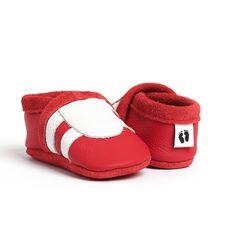 *Krabbelschuhe, Krabbelpuschen, Lauflernschuhe, Babyschuhe*    Modell: Sport  Artikel Nr.: 165  Farbe: rot  Applikation in weiß   Material: Rindnap...