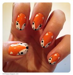 Shut up! Doing this on at least one nail next time I get orangey nails!