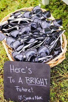 Sunglasses for wedding guests. Cute idea!
