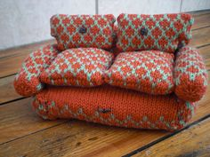 I want a knitted couch!