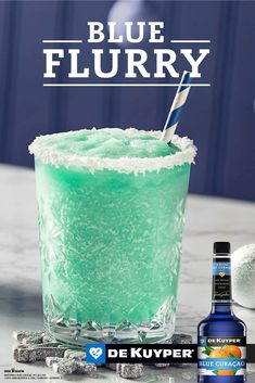 Get ready for Chistmas with our easy Blue Flurry cocktail recipe. Find the latest Blue Flurry at The Cocktail Project today! Bar Drinks, Cocktail Drinks, Cocktail Recipes, Alcoholic Drinks, Drink Recipes, Drinks Alcohol, Blue Curacao, Christmas Cocktails, Holiday Cocktails