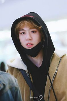 180225 Yugyeom at Incheon Airport (Back from Thailand) cr: dependonyou1117