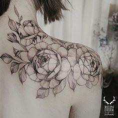 #tat #tattoo #flowers #flowertattoo #shouldertattoo #beautiful