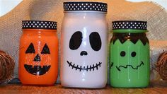 Spooky Halloween Ideas ~ Featuring YOU! Making these today with my daughter. Using glass jars from the recycle bin instead of mason jars.Making these today with my daughter. Using glass jars from the recycle bin instead of mason jars. Spooky Halloween, Halloween Mason Jars, Fete Halloween, Halloween Crafts, Halloween Decorations, Crafts With Glass Jars, Mason Jar Crafts, Mason Jar Diy, Bottle Crafts