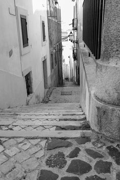 Alfama - Lisboa - Portugal Copyright © 2015 Patrícia Nicolau - All rights reserved