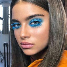 Bold Makeup Looks, Edgy Makeup, Creative Makeup Looks, Makeup Geek, Bold Eye Makeup, Makeup Eyebrows, Makeup 101, Gothic Makeup, Flawless Makeup