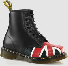 Dr. Martens Women's 1460 Iconic Boot Style: DM841711004W
