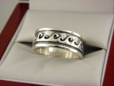 Sterling Silver Unisex Wave Wedding Band Ring Sz 9. # 4 #Band