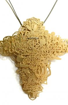 Frank Tjepkema: 'This medallion is the most branded object in the world, (hint: imagine the money you can save on brand clothes by wearing just this item) !