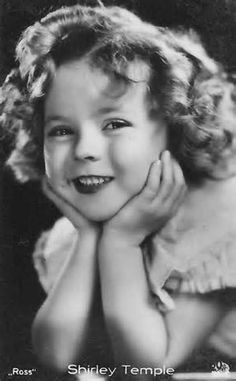 Shirley Temple Black - American film and television actress, singer, dancer and public servant, most famous as Hollywood's number one box-office star from 1935 through Vintage Hollywood, Classic Hollywood, Child Actresses, Actors & Actresses, Child Actors, Shirley Temple, Temple Movie, Old Movie Stars, Actrices Hollywood