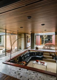 Modern home design – Home Decor Interior Designs Interior Flat, Retro Interior Design, Interior Design Minimalist, Home Modern, Mid-century Modern, Modern Homes, Danish Modern, Natural Modern Interior, Big Modern Houses