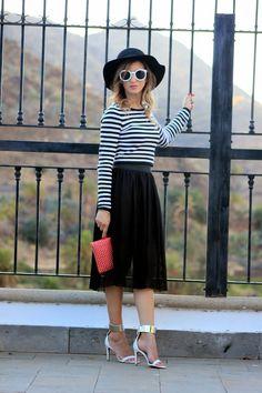 Falda midi plisada - Pleated midi skirt | Cuidar de tu belleza es facilisimo.com