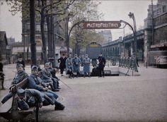 Paris - La station de métro Auteuil, sur le boulevard Exelmans, 1er mai, 1920