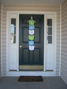 What a cute way to welcome your guests!