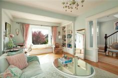 Eat your heart out, Carrie Bradshaw!! Ultimate girly house for sale in Vancouver - the thirties grind