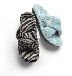 Vionic Relax - Women's Slippers with Orthaheel Orthotic Support.  The built-in arch support in Vionic slippers keep your feet happy!  Great for women with Plantar Fasciitis. Get them Fast and with Free Shipping from Orthotic Shop.  We also give you free return shipping and a 30-day comfort guarantee.