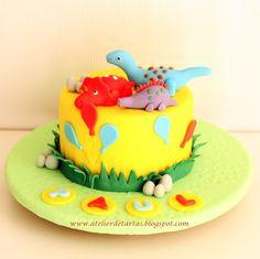 Atelier de Tartas: Tarta Fondant Cumpleaños Dinosaurios