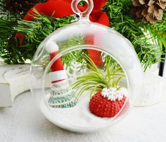 Christmas Is Coming - MORETHANATEAM PROMO #17 by Rita on Etsy