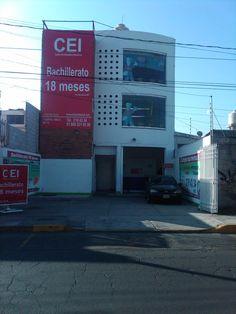 """Plantel """"Centro Sur"""", ubicado en Prolongación 11 Sur Nº 10562 Centro sur, Puebla. Tel. 219 43 34"""