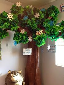 "I was going to be really clever and do a ""Flashback Friday"" post about my DIY Tree that my rock star of a husband and I built 3 years ago fo. Paper Tree Classroom, Classroom Fun, Decoration Creche, Tree Decorations, Cardboard Tree, Reading Tree, Preschool Rooms, 3d Tree, Classroom Decor Themes"