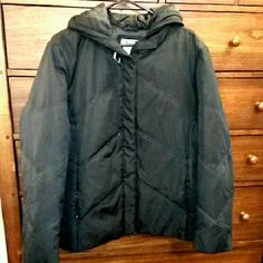 Black Puffer Jacket Has been worn quite a bit as it was a friend of mine's only jacket for a while but definitely still very wearable & warm Jackets & Coats Puffers