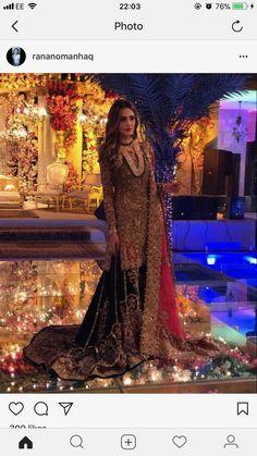 ..... Asian Wedding Dress, Pakistani Wedding Outfits, Pakistani Bridal Dresses, Pakistani Wedding Dresses, Bridal Outfits, Boho Outfits, Bridal Lenghas, Pakistan Bride, Walima Dress