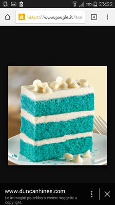 Blue Velvet Cake Mix from Duncan Hines; perfect ocean-blue color for cake, easy peasy boxed mix Cupcakes, Cake Mix Cookies, Cupcake Cakes, Blue Velvet Cakes, Blue Cakes, Best Cake Mix, Cake Recipes, Dessert Recipes, Gateaux Cake