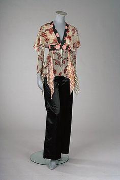 Ossie Clark/Celia Birtwell Floating Daisy print chiffon blouse (Kerry Taylor Auctions)