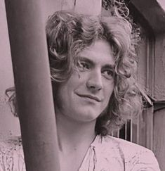 Robert Plant Young, Robert Plant Led Zeppelin, Color Shades, Superstar, People, Plants, Zodiac Cancer, Bright Ideas, Beauty