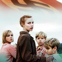 『さよなら、アドルフ』(Lore) - ナチス幹部の子どもたち、14歳の少女ローレと幼い妹と弟たちの戦後を描いた作品。【制作】 オーストラリア、ドイツ、イギリス、2013年 【日本公開】2014年1月11日   【公式ページ】 http://www.sayonara-adolf.com/  *2013年第85回アカデミー賞外国語映画賞のオーストラリア代表作品